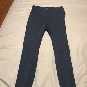 Stretchy workout leggings NWOT